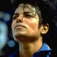 Klónoztatta magát a Pop Királya?
