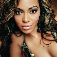 Beyoncé duplában nyomja