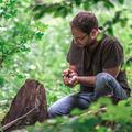 Az erdőben készített lemezt Dés András