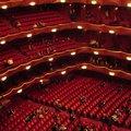 Megszorítások a Metropolitan Operában