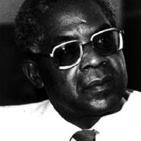 Elhunyt Aimé Césaire
