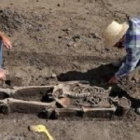Sírásók rabolták ki a sírokat