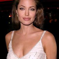 Veszélyben Angelina Jolie élete?