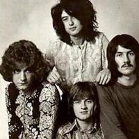 """""""A Led Zeppelin régimódi és nem meggyőző"""""""