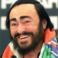 Luciano Pavarottit gyászolja a világ