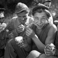 Soha nem látott archív képek és kortárs fotók Budapesten