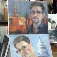 Rajonganak a nők Snowdenért