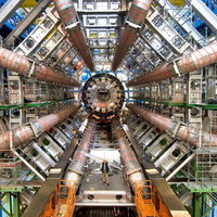 Ismét leállították a nagy hadronütközetőt