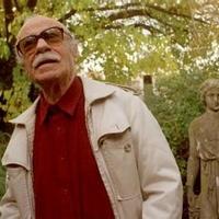 Meghalt a világhírű író