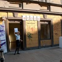 Kultúr élményeket árul egy pesti bolt