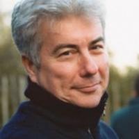 Magyarország mellett döntött a világhírű író