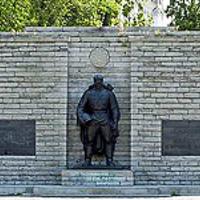 Észtországban felmentették a Bronzkatona négy védőjét