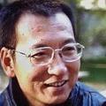 Kiadják az USA-ban az elítélt Nobel-békedíjas verseit