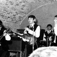 Hajóra költözik a Beatles egykori törzshelye