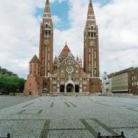 Megelevednek a mesék Szeged főterén