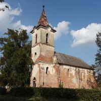 Időkapszulára bukkantak a nagygéci templom felújításánál
