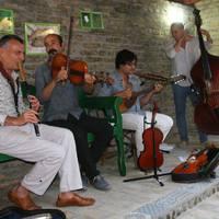 Vonós Quartetjével ad koncertet Dresch Mihály