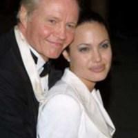 Botrányosan viselkedett Angelina Jolie