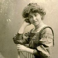 Hallgassa élőben az Anna Kareninát!