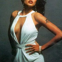 Fogadj Angelina Jolie-ra!