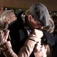 Megrázó fotók: elbúcsúztatták a tragikus hirtelenséggel elhunyt színésznőt