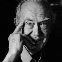 Ki fejezi be Graham Greene regényét?