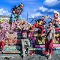 Európai turnén a verbunk-punk
