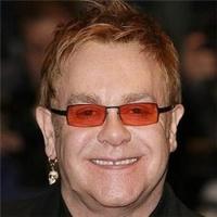 Elton John jókora fityisszel a zsebében ment haza