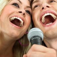 Az éneklés segít a Parkinson-kóron