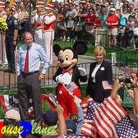 Csillagot kapott Mickey egér apukája