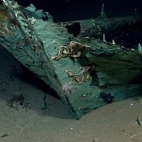Felbecsülhetetlen kincsekkel teli hajóroncsot találtak a tenger fenekén