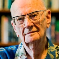Meghalt Arthur C. Clarke