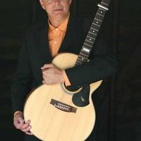 Ismét Budapesten az akusztikus gitár mestere