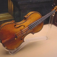 Egy vonaton hagyta el Stradivariját a feledékeny zenész