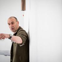 Nyerj jegyet Horváth Csaba előadására a Szkénébe!