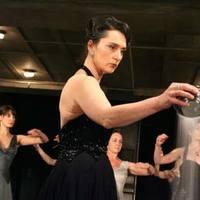 Multinacionális színészgárda A trójai nőkben