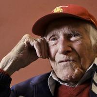 Elhunyt a világhírű háborús hős