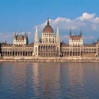 Budapest 135 éves