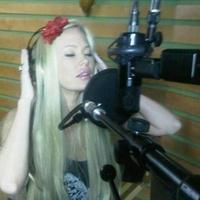 Zenei albumot ad ki a pornókirálynő