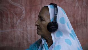India hangjai Újbudán