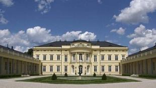 Újjászületik a fehérvárcsurgói Károlyi-kastély
