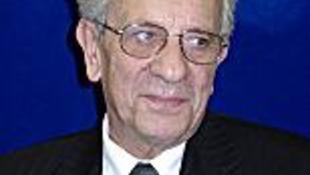 Elhunyt Kármán György