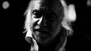 Súlyos beteg volt: elhunyt az énekes