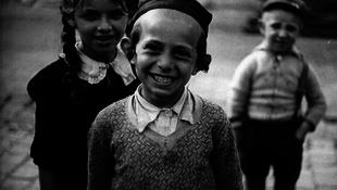 Elérhetők Roman Vishniac fotói a holokauszt előtti zsidóságról