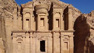 Csillagászati naptárként szolgálhatott Petra