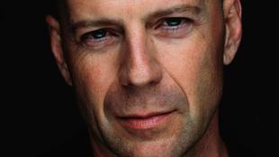 Felhagyna az öldökléssel Bruce Willis