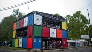 Tízéves magyar fiú nyerte a Rubik-kocka bajnokságot a Szigeten