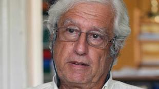 Tragikus hirtelenséggel hunyt el a magyar kritikus