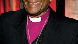 Hatalmas kitüntetést kapott Desmond Tutu