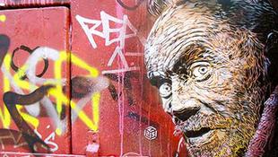 Graffitik lepik el Isztambult